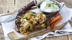 Garlic, ginger, red pepper and fresh basil are the main ingredients for this delicious steak recipe that can be served with piping hot mash. Romantic Meals, Romantic Recipes, Grilled T Bone Steak, Steak Recipes, Cooking Recipes, Ginger Beef, Lamb Ribs, My Cookbook, Cooking Classes