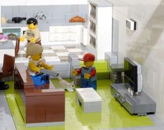 I love this TV set, I never knew you could have a TV in lego!