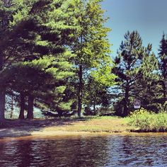 Did you know that #Minnesota's Voyageurs National Park is more than 218,000 acres and 1/3 water-based? Summer isn't over yet and there's still plenty of time to plan your secluded getaway to a site like this! #OnlyinMN