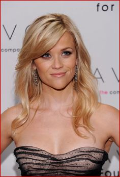 Reese Witherspoon hairstyle, long side bangs and layered