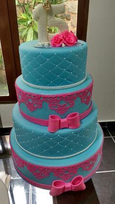 3 Amazing Fake Cake Making Techniques Photos - New Site 15th Birthday Cakes, Birthday Desserts, Birthday Cake Girls, Beautiful Birthday Cakes, Beautiful Cakes, Amazing Cakes, Quinceanera Cakes, Quinceanera Ideas, Sweet 16 Cakes