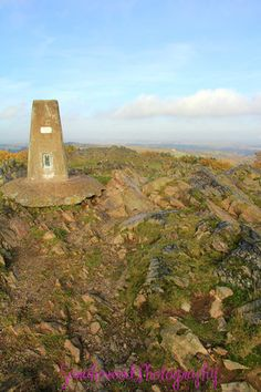 For a great walk visit Beacon Hill, Leicestershire. This is the highest point in Leicestershire and has some fabulous views! Wonderful Places, Beautiful Places, Great Walks, Kingdom Of Great Britain, Beacon Hill, Local Events, Nottingham, British Isles, Leicester