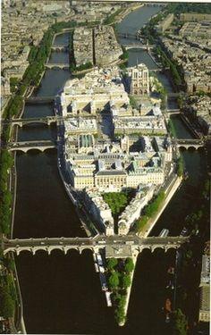 Ile de la cite ( Notre-Dame ), Paris