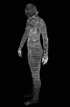 "Elena Papaioannou Photography -  ""knitting human 2"", 2008. S)"