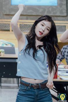 I Love Girls, Sweet Girls, Cool Girl, Asian Woman, Asian Girl, Petty Girl, Kpop Girl Bands, Korean Fashion Kpop, Red Velvet Dress