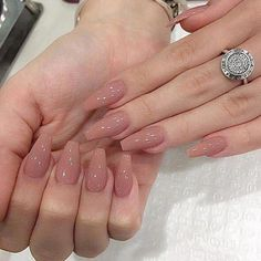 22 + Was jeder sonst tut, wenn es darum geht, Inspo Coffin Long zu nageln und was Sie anders machen müssen 111 22 + What everyone else does when it comes to nailing Inspo Coffin Long and what you need to do differently 111 – Acrylic Nails Tutorial Aycrlic Nails, Cute Nails, Pretty Nails, Manicure, Glitter Nails, Coffin Nails Long, Long Nails, Coffin Nails Kylie Jenner, Faux Ongles Gel