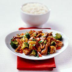 Hormel's Szechuan Beef Stir-Fry paired with Clos du Bois Shiraz