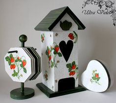 Tea Bag houses, tea box with 6 cup trivet and small Herzschachteln. Recycled Pallets, Recycled Crafts, Rustic Wood Crafts, Decoupage Vintage, Diy Crafts For Gifts, Sewing Box, Altered Art, Wooden Toys, Tea Pots