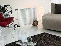 Radiador decorativo móvil en acero RIMORCHIETTO by Tubes Radiatori