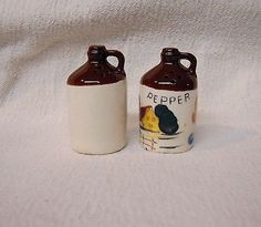 Vintage-Little-Brown-Jug-Salt-and-Pepper-Shakers-Missouri-1960s