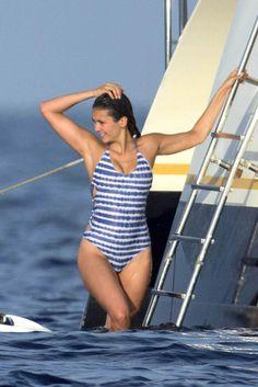 Nina Dobrev On A Yacht In St.Tropez http://www.celebzz.com/nina-dobrev-on-a-yacht-in-st-tropez-2/…