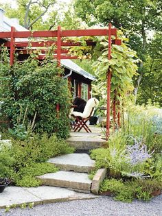 The garden of Calle Forsberg  &  Marika Delin Garden Yard Ideas, Backyard Garden Design, Backyard Projects, Garden Paths, Low Maintenance Garden, Le Far West, Rustic Outdoor, Dream Garden, Garden Planning