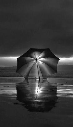 Umbrella~Photo by Carmen Solla. Art Blanc, Street Photography, Art Photography, Photography Lighting, Umbrella Photography, Photo Black, Black And White Pictures, White Art, Belle Photo