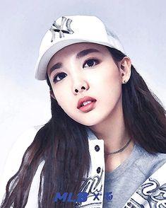 Twice - Nayeon Twice Songs, Jyp Trainee, Twice Fanart, Nayeon Twice, Photoshoot Images, Im Nayeon, Dahyun, Ml B, Girls Show