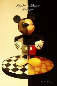 MICKEY - IRISH SUGARCRAFT SHOW COMPETITION 2016 by Ana Remígio - CUPCAKES & DREAMS Portugal