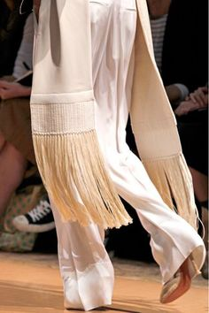 See detail photos for Céline Spring 2011 Ready-to-Wear collection.