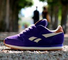 Reebok Classic Leather Suede – Purple / Paperwhite – Brass