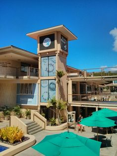If you're in Maui and finally hit the point where you need a break from sun and sand, try a day of shopping at nearby Whalers VIllage or take some time to check out the art galleries and historic trails in the area.