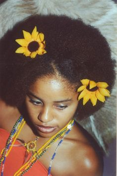 Fro and sunflowers equal perfection #snatched