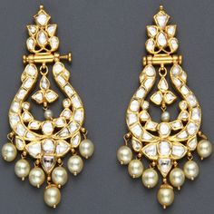 Kundan chandelier earrings | Wedding Style Inspiration by Marigold Paper