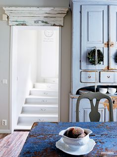 Blue cabinets and shelf moulding over doorway Blue Cabinets, Cupboards, Scandinavian Living, Romantic Homes, Cottage Style, Swedish Cottage, Irish Cottage, Architectural Salvage, Interiores Design