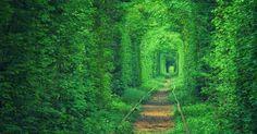 E' uno dei più romantici luoghi al mondo.  La sua bellezza è tale che è anche un punto d'incontro...
