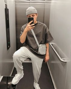 Stylish Mens Outfits, Hipster Outfits, Grunge Outfits, Casual Outfits, Fashion Outfits, Casual Wear, Streetwear Mode, Mens Streetwear Fashion, Korean Street Fashion
