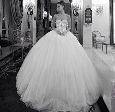 Big tulle wedding dress