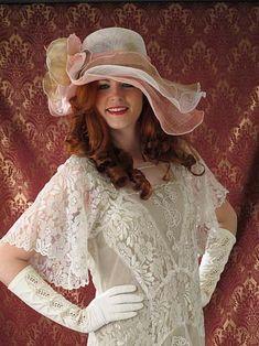 Lace Gatsby Wedding Dress
