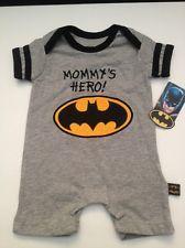 f2c8559d7875 Baby Boy Batman Superhero Bodysuit Romper Size 0-3 months Layette Outfit  Logo