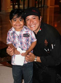 Roger and Chef Oscar #PequenosGigantes