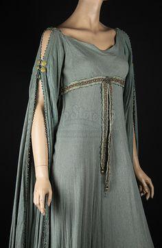 Keira Knightley - King Arthur (2004) (1920×2931)