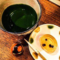 Dope Matcha & cool Wagashi!!  #Mizumushikun #Japan #JapaneseFood #Kyoto #tea #greentea #Matcha #drink #cool #amazing #Food #Foodie #yummy #nomnom #art #artwork #photography
