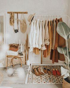 Room Decor Bedroom, Home Bedroom, Bedroom Ideas, Bedroom Makeovers, Bedroom Signs, Bedroom Styles, Bedroom Apartment, Bed Room, Aesthetic Room Decor