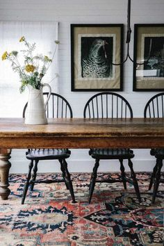 Farmhouse Table Centerpieces, Dining Room Centerpiece, Centerpiece Ideas, Farmhouse Furniture, Farmhouse Decor, Farmhouse Style, French Farmhouse, Vintage Farmhouse, Antique Farm Table