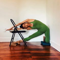 In honor of International Yoga Day and the Summer Solstice, I'm returning from my social media break to present this week's DETAIL + DEPTH: A series featuring key preparations, modifications, and variations dedicated to a single pose or physical...