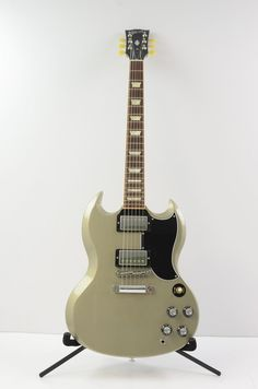 First time I've ever lusted over a modern Gibson