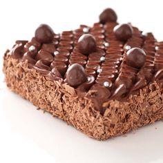 Opération tout chocolat pour cet irrésistible brownie revisité par Christophe Michalak. Et réussite assurée, en suivant notre pas à pas.