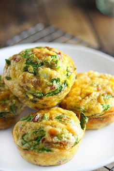 On-The-Go Breakfast Muffins – A quick and easy way to get your eggs to go. Loaded with bacon bits, cheddar cheese and spinach! On-The-Go Breakfast Muffins – A quick and easy way to get your eggs to go. Loaded with bacon bits, cheddar cheese and spinach! Breakfast Bites, Breakfast Cooking, Breakfast Egg Muffins, Breakfast To Go, Breakfast Healthy, Breakfast In Muffin Tins, Breakfast Recipes With Eggs, Breakfast Ideas For Toddlers, Quick Breakfast Ideas