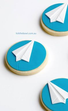 paper airplane cookies