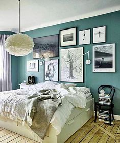 Looking for girls bedroom ideas? A girls' bedroom needs to be a flexible space, accommodating their changing needs from babyhood through to teenage years Dream Bedroom, Home Decor Bedroom, Girls Bedroom, Bedroom Ideas, Gallery Wall Bedroom, Bedroom Wall, Bedroom Styles, Bedroom Colors, Shops