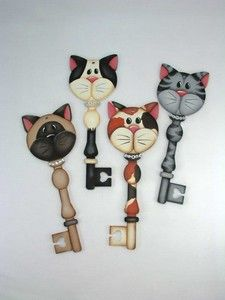 The Decorative Painting Store: Kitty Cat Key Ornaments Key Crafts, Cork Crafts, Arts And Crafts, Tole Painting, Painting On Wood, Cat Key, Arte Country, Country Paintings, Cat Decor