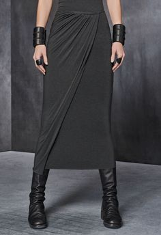 Minimal trends | Grey slit maxi skirt, lack leather boots and bracelets