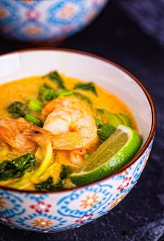 Zupa tajska z krewetkami Best Soup Recipes, Thai Recipes, Asian Recipes, Ketogenic Recipes, Keto Recipes, Healthy Recipes, Healthy Food, Vegan Gains, Keto Dinner