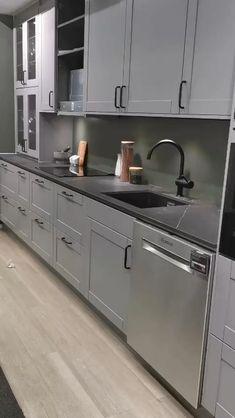 Grey Kitchen Designs, Kitchen Room Design, Kitchen Cabinet Design, Modern Kitchen Design, Kitchen Layout, Home Decor Kitchen, Interior Design Kitchen, Kitchen Ideas, Kitchen Furniture