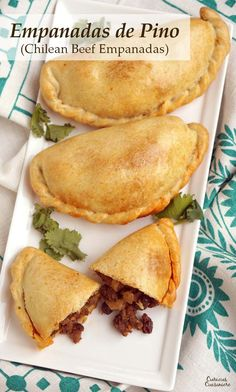 de Pino are flavorful beef empanadas filled with unexpected ingredients like raisins, olives, and hard boiled eggs. These make a great meal on the go and are perfect for a make-ahead meal! Mexican Food Recipes, Beef Recipes, Ethnic Recipes, Mexican Dishes, Tostadas, Tacos, Chorizo, Hard Boiled, Boiled Eggs