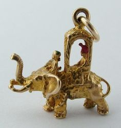 1950's Solid 9ct Gold Elephant Charm with Howdah