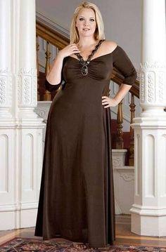 Vestidos para madrinas gorditas: Los mejores diseños - Madrinas gorditas, traje largo en color marrón