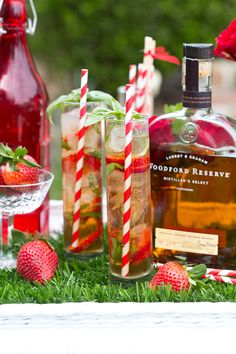 Celebrate the races with a strawberry basil julep, a twist on the classic mint julep, the signature cocktail of the Kentucky Derby! Kentucky Derby Food, Derby Recipe, Run For The Roses, Best Cocktail Recipes, Fun Cocktails, Bourbon Cocktails, Party Drinks, Derby Day, Signature Cocktail