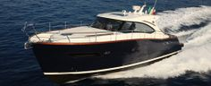 The Austin Parker 42 Open is this Italian boat builders version of the Downeast style. Fishing Pontoon Boats, The Austin, Layout, Yacht Design, Motor Boats, Home Jobs, Men's Grooming, Italian Style, Luxury Lifestyle